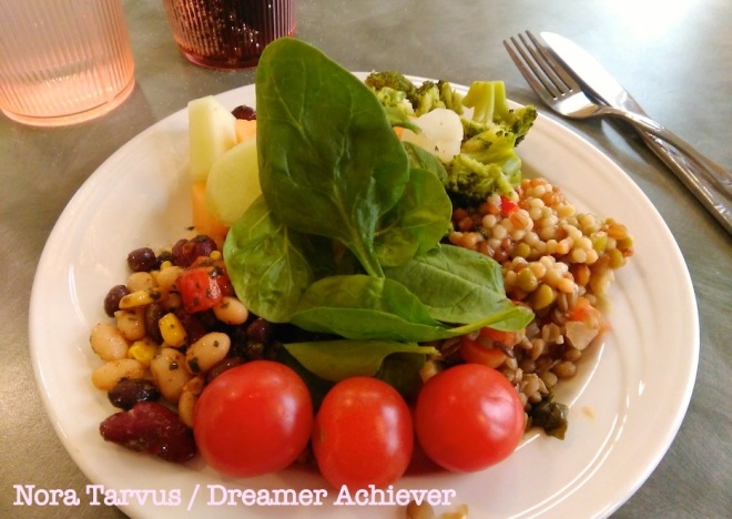 2015Feb10SaladDreamerAchiever