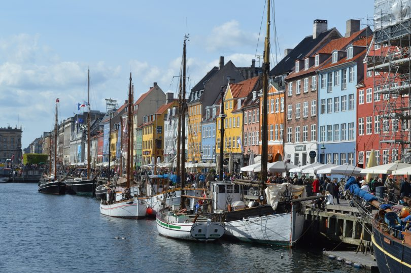 architecture-boats-buildings-416024