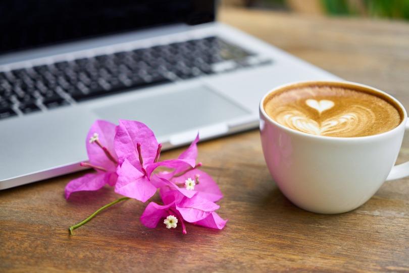 happilyblogging