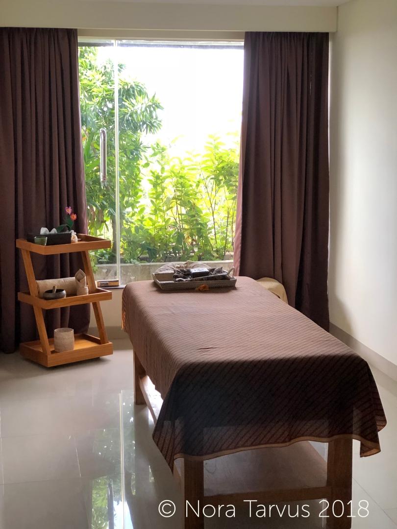 Fox Harris Jimbaran Bali Indonesia Hotel Review 4