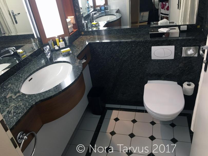 HotelMarriotWarsawPolandReview650