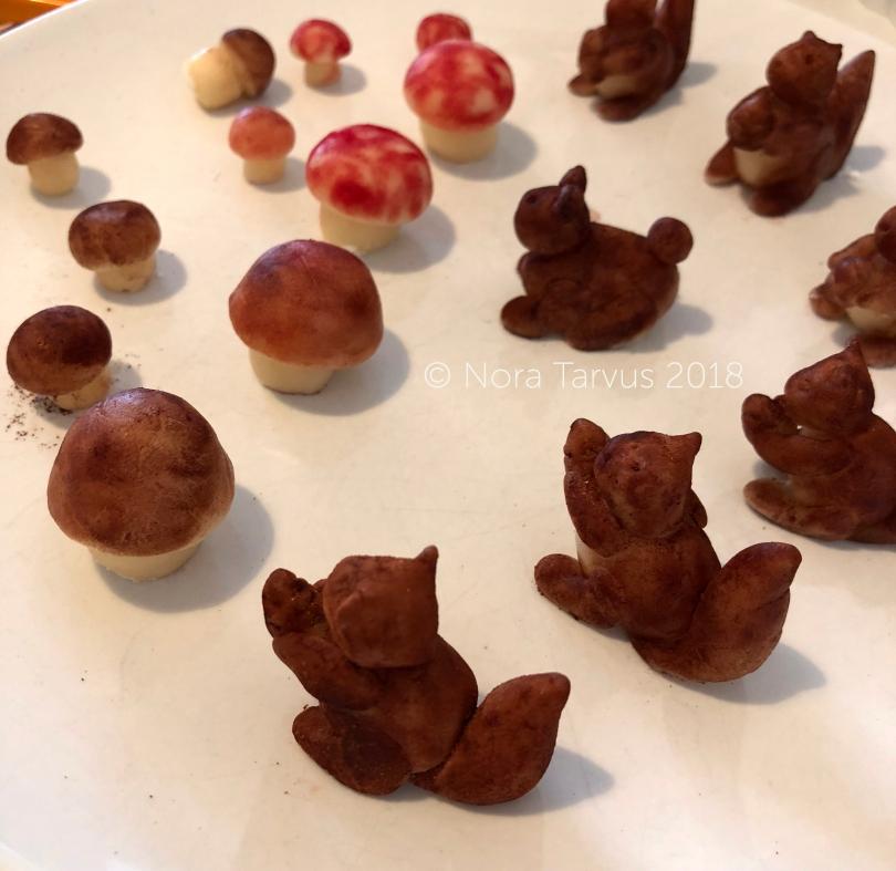 Fall Cake Inspiration - Squirrel Cake83