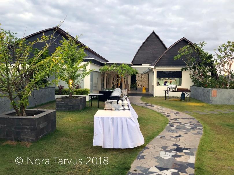 Fox Harris Jimbaran Bali Indonesia Hotel Review 10